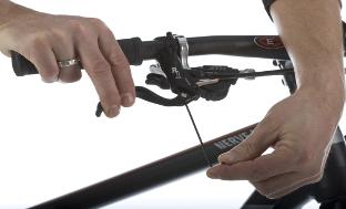 Picture 7: Adjusting of brake levers