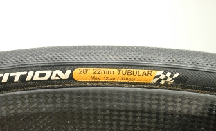 Picture 2: The tyre size is printed on the tyre