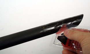 Picture 14: Applying carbon paste to the seat post