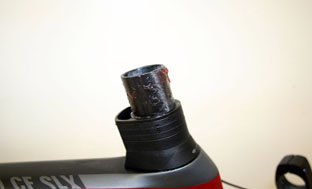 Picture 10: Applying carbon paste to the fork shaft