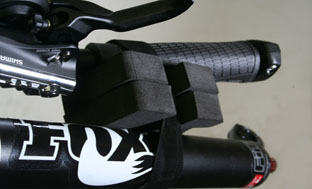 Picture 7: The handlebar is attached to the fork on one side